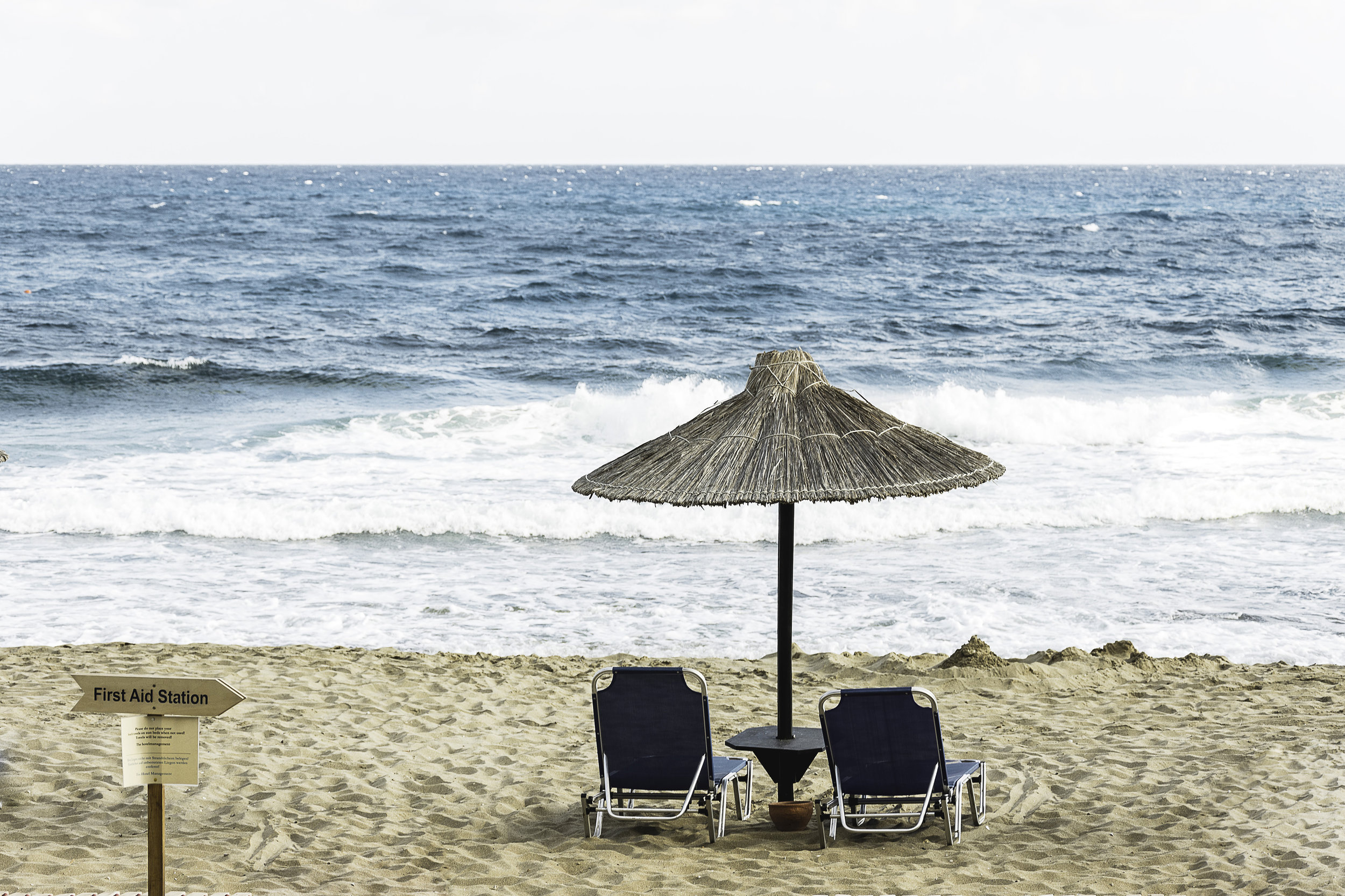 Holiday Hire Services - We have hire companies that offer a large range of quality equipment with free delivery to your holiday home.For all your holiday hire needs: Beach chairs, Luxury Beach Towels, Cots, Highchairs, Beach Umbrella's, Esky's, Boogie Boards, prams, stairguards and bed rails.Please ask us for hire company details.