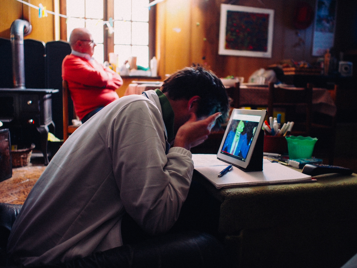 Sean doesn't feel the need of going out or doing something other than being on his own. As an autistic person he has many difficulties in dealing with feelings and emotions. For example, when he watches cartoons on the iPad, he often laughs out loud for no apparent reason, gesturing with his hands and head while imitating the noises of the cartoon.
