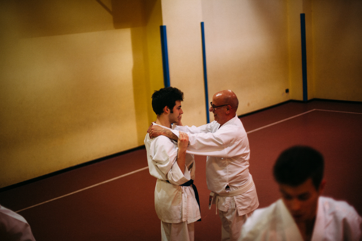 Together with his father Nando, Sean attends karate lessons. This kind of sport activity is really helpful for controlling better his body and more is a way to socialize with other teenagers.