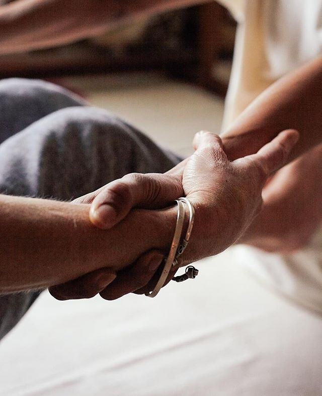 """""""Touch comes before sight, before speech. It is the first language, and the last and it always tells the truth."""" - Margaret Atwood⠀ ~⠀ Thai Massage promotes general health and wellbeing while activating the free flow of energy in the body 🖐 The practice works through the bodies many different layers, known as Koshas, it supports release on deep emotional, energetic and physical layers⠀ ~⠀ While the techniques are widely practised, I combine my unique experience and knowledge of the body/mind relationship to intuitively work with each individual, serving their specific needs⠀ ~⠀ Book in online www.revaamba.com"""