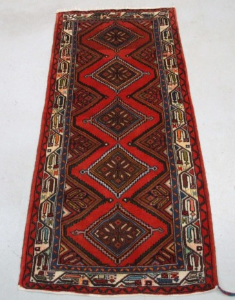 Traditional Chenar (Runner) - Circa Late 1900'sSize Measurements: 170cm x 76cm