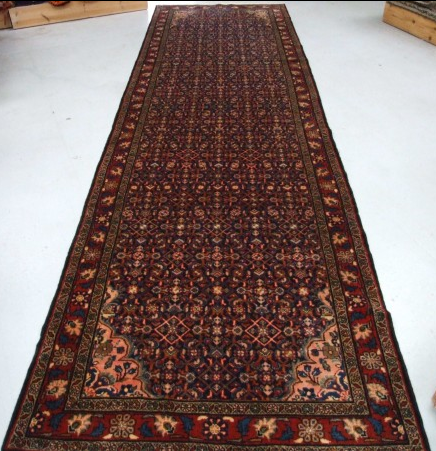 Traditional Mehreban (Runner) - Circa Late 1900'sSize Measurements: 436cm x 127cm