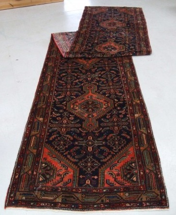 Traditional Mehreban (Runner) - Circa Late 1900'sSize Measurements: 510cm x 99cm