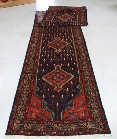 Traditional Tajabad (Runner) - Circa Late 1900'sSize Measurements: 497cm x 96cm