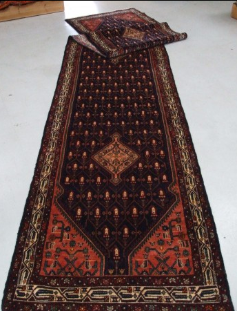 Traditional Tajabad (Runner) - Circa Late 1900'sSize Measurements: 515cm x 100cm