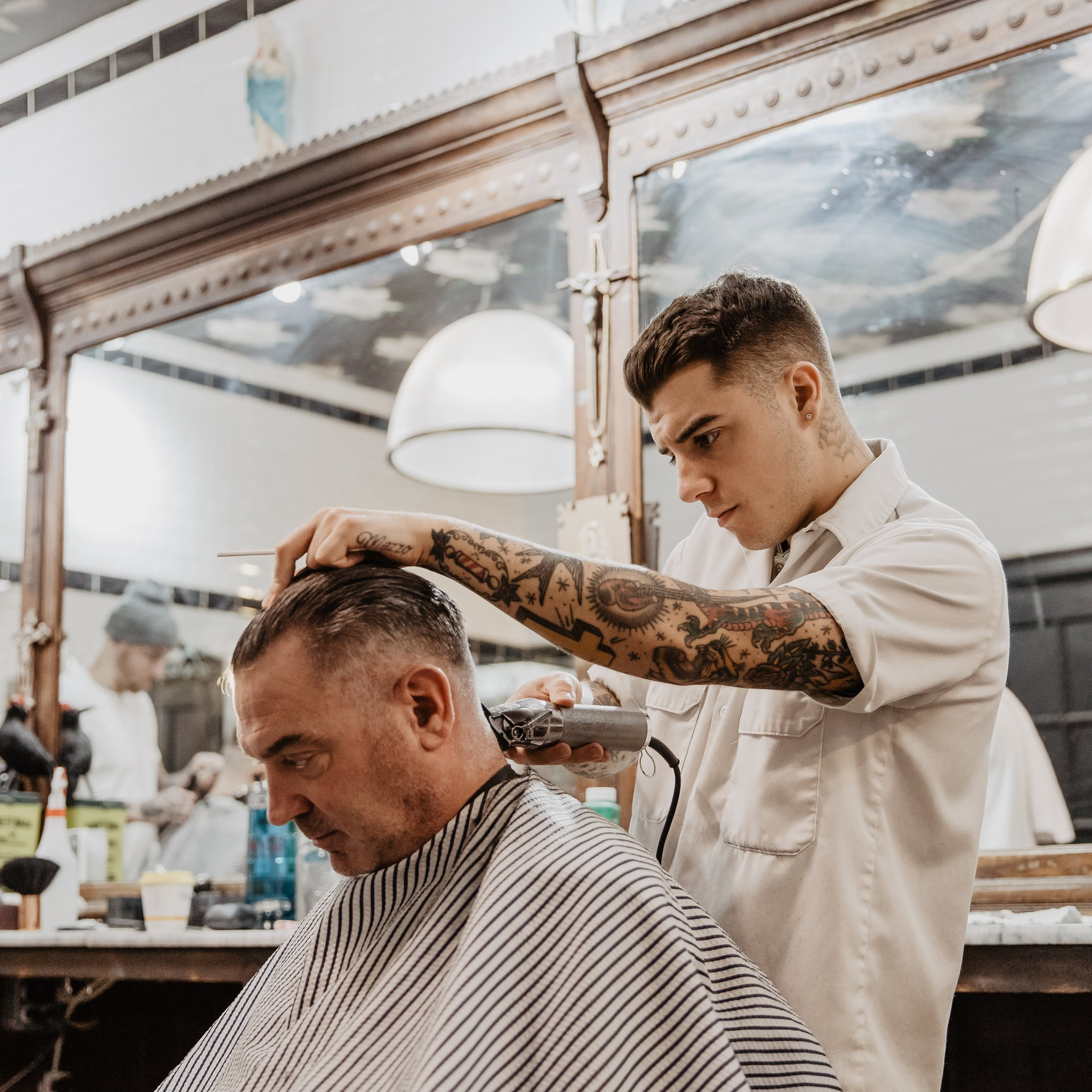 Helping reputation travel 4,206 km for Crows Nest Barbershop -