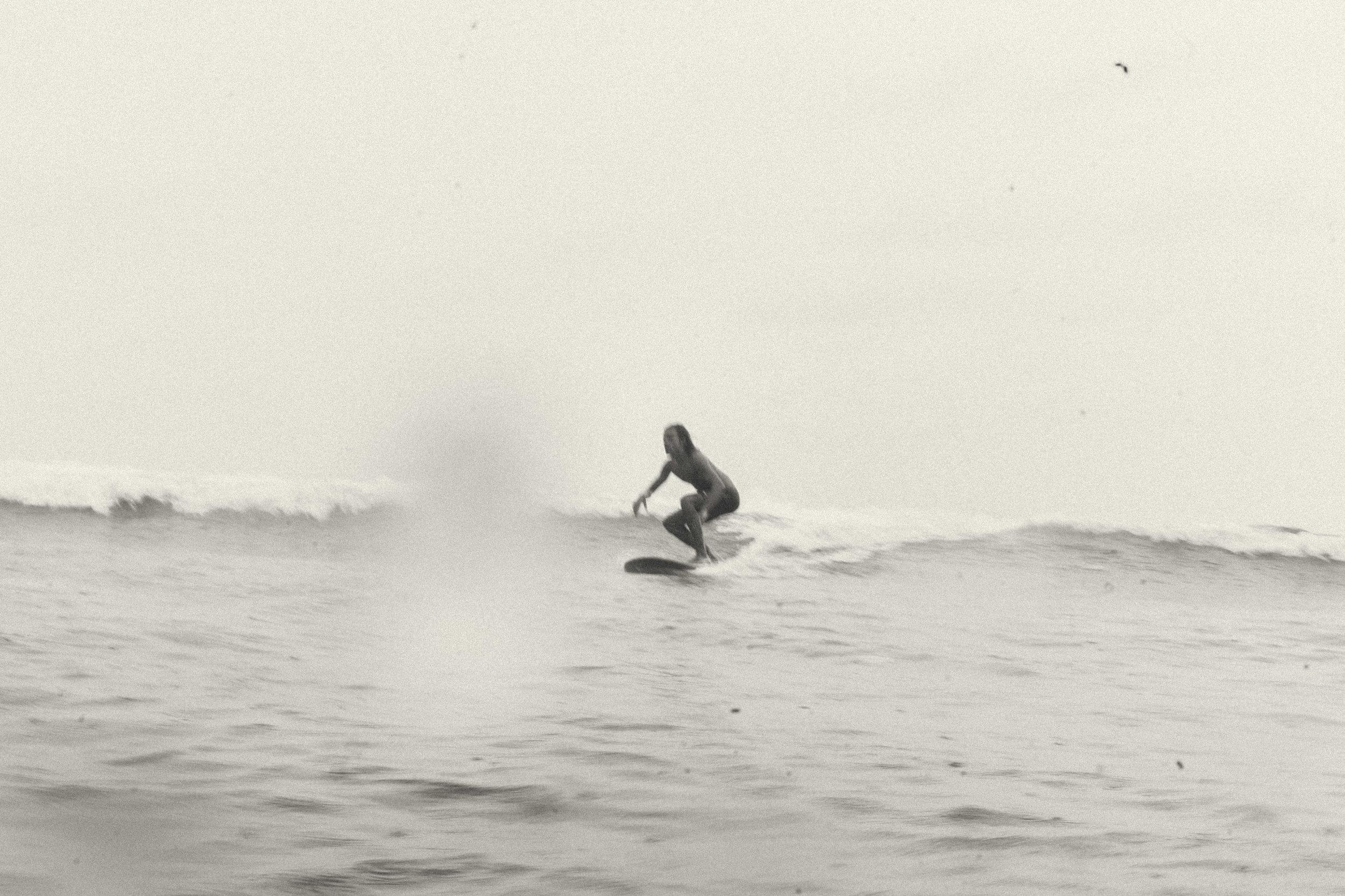 erik_winter_surf_surfing_4.jpg