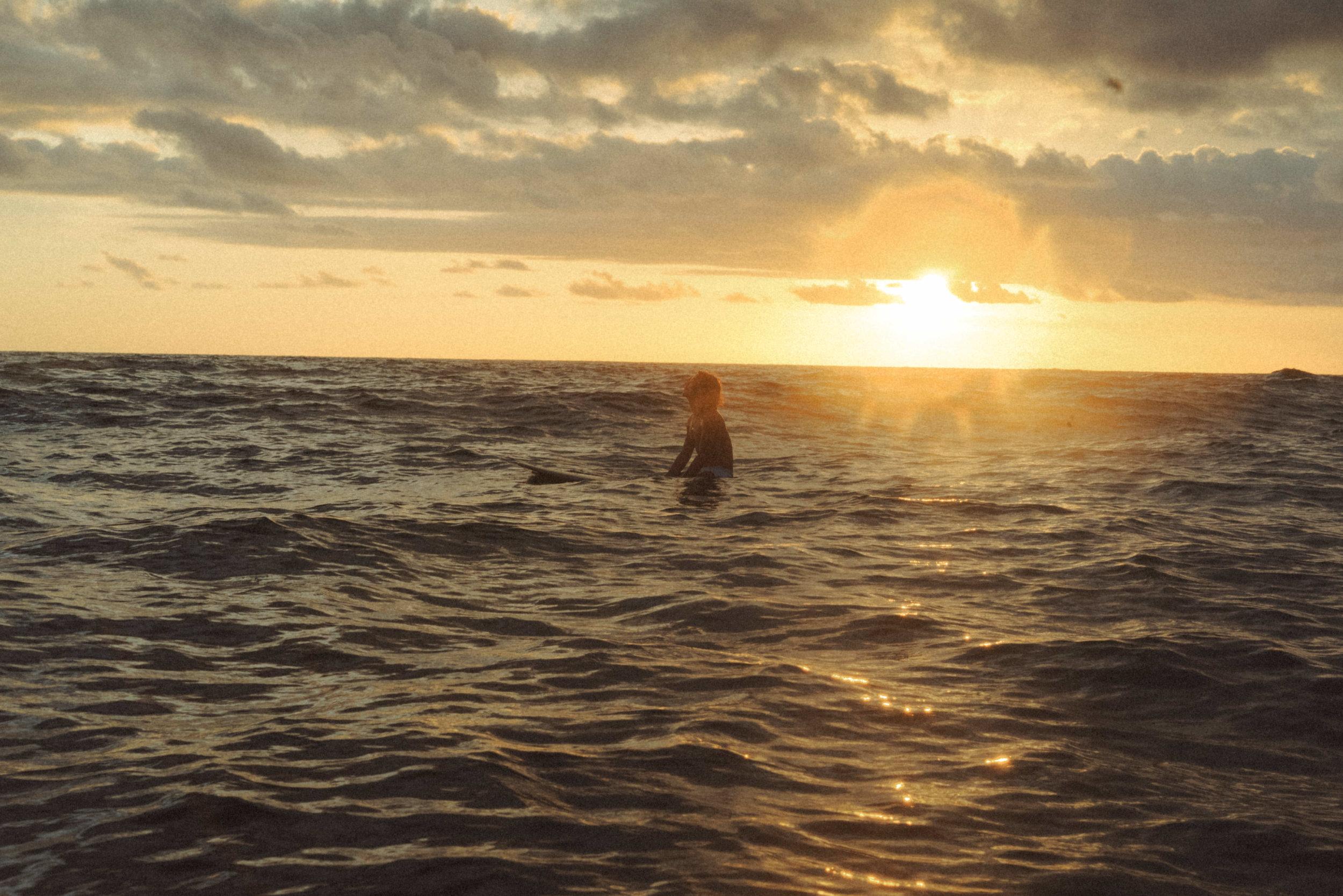 erik_winter_surf_surfing_10.jpg