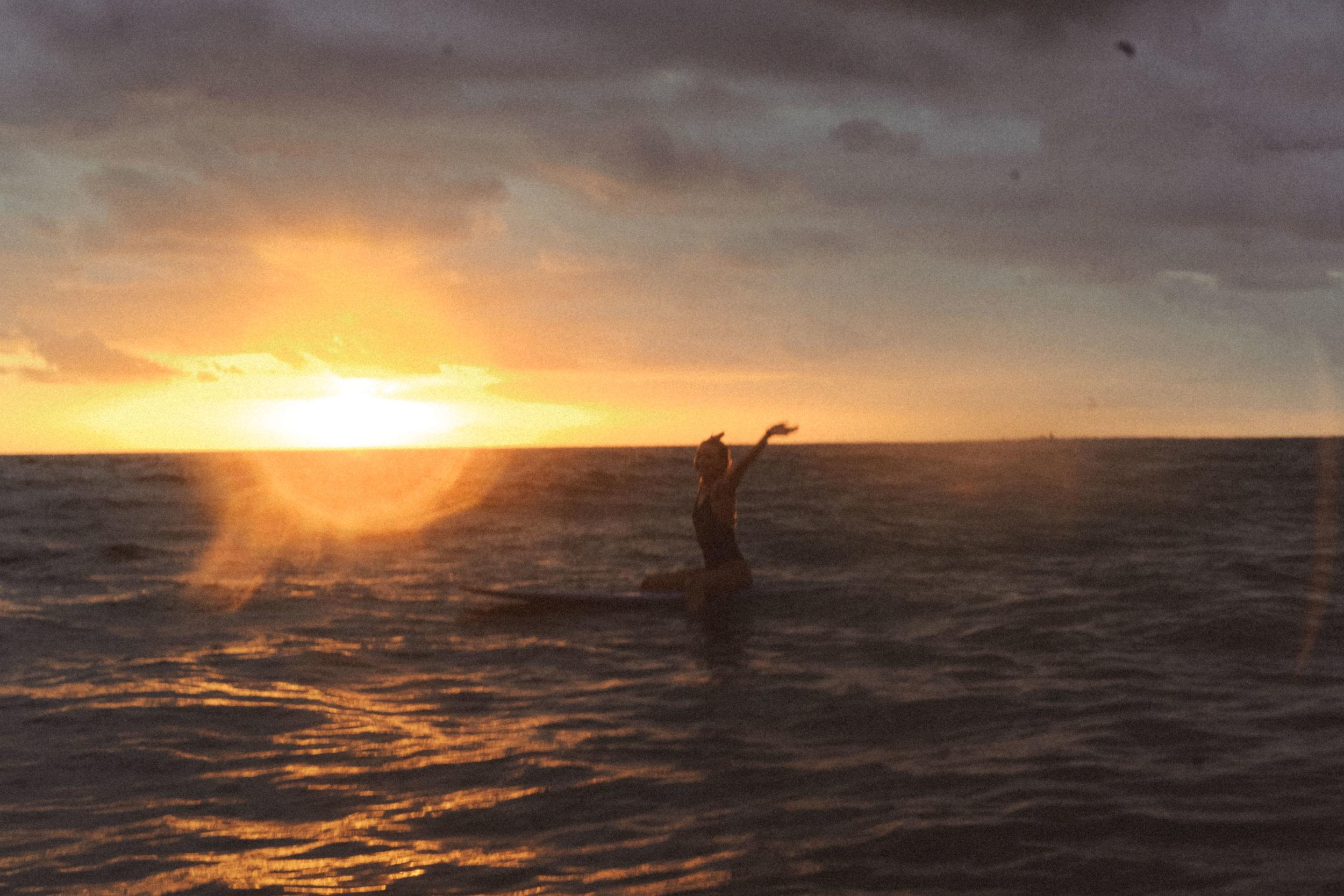erik_winter_surf_surfing_16.jpg