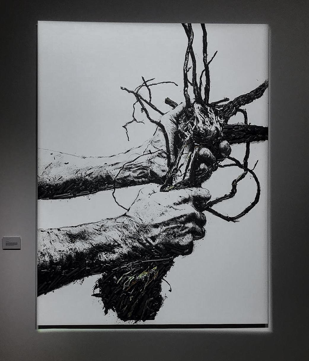 GUSTATORIAL_paper_VIk-Muniz-x-Ruinart_Flow-Hands.jpg