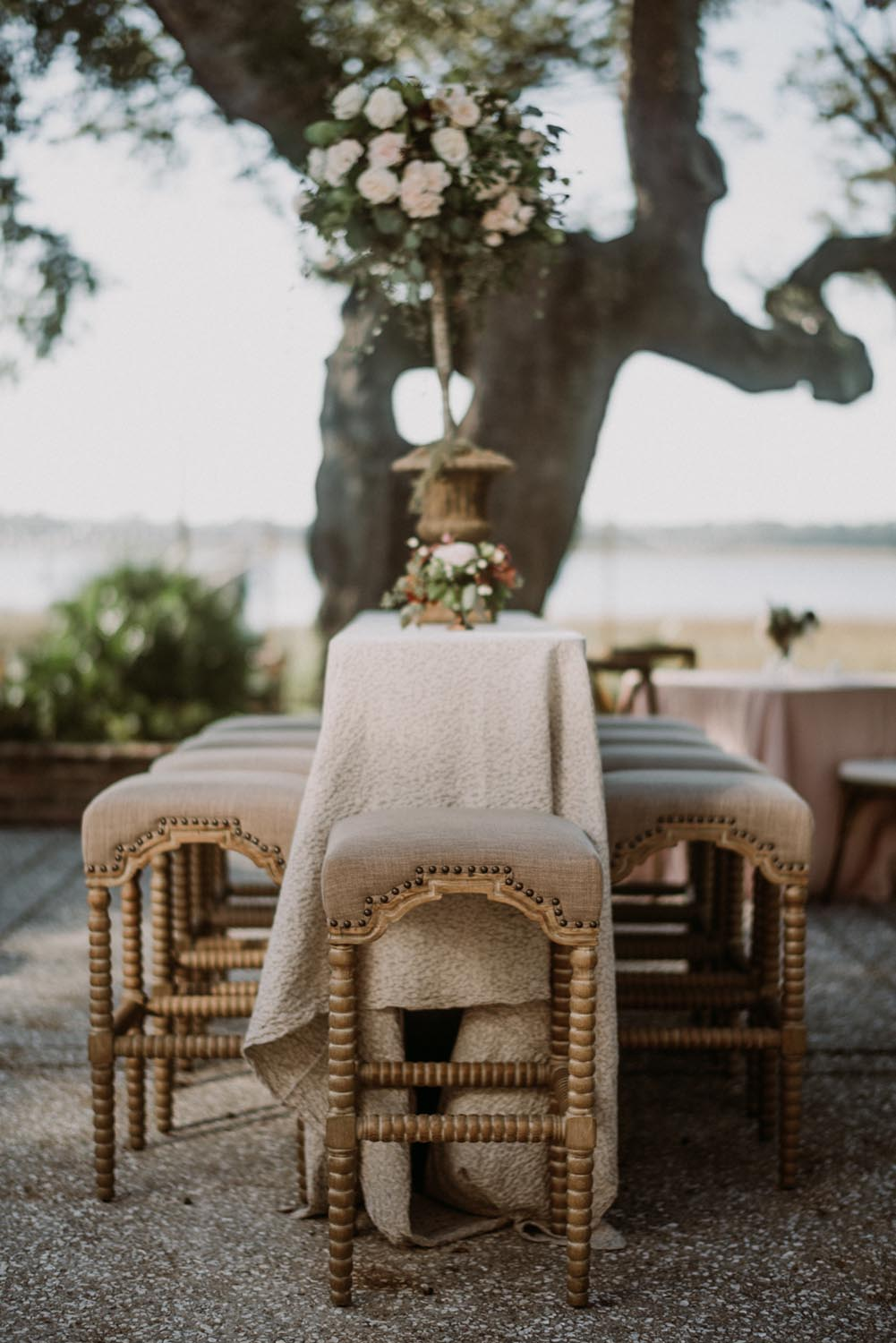 Lowndes Grove Plantation stunning wedding by A Charleston Bride.
