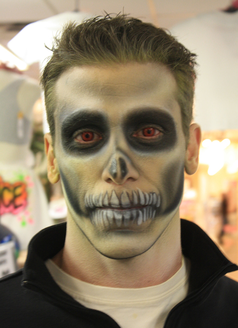 Simple Skull $20-$25