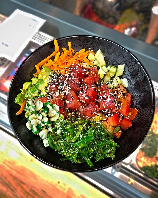 Have your tried our Poke Bowl yet? Stop on by, we are open until 7pm! 😁 #seymourscafe #pokebowl