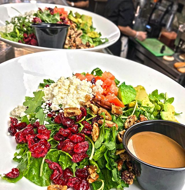 Start your weekend right with a fresh salad from Seymour's Cafe! 🙌🥗🥰 #seymourscafe #saladlovers