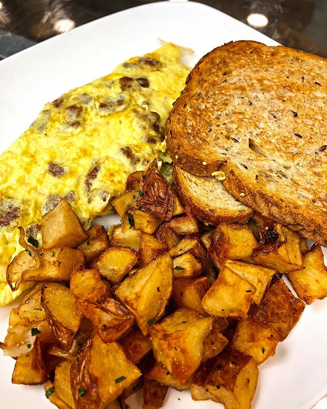 Start your morning right tomorrow with a delicious breakfast from Seymour's! We open at 6am 😋 #seymourscafe