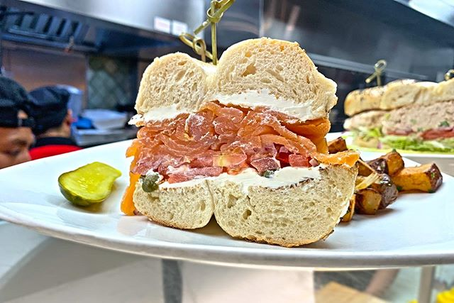 Extra lox, please! 😋✨ #seymourscafe