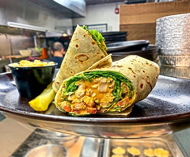 Buffalo Chicken Wrap 😍🤤✨ #seymourscafe