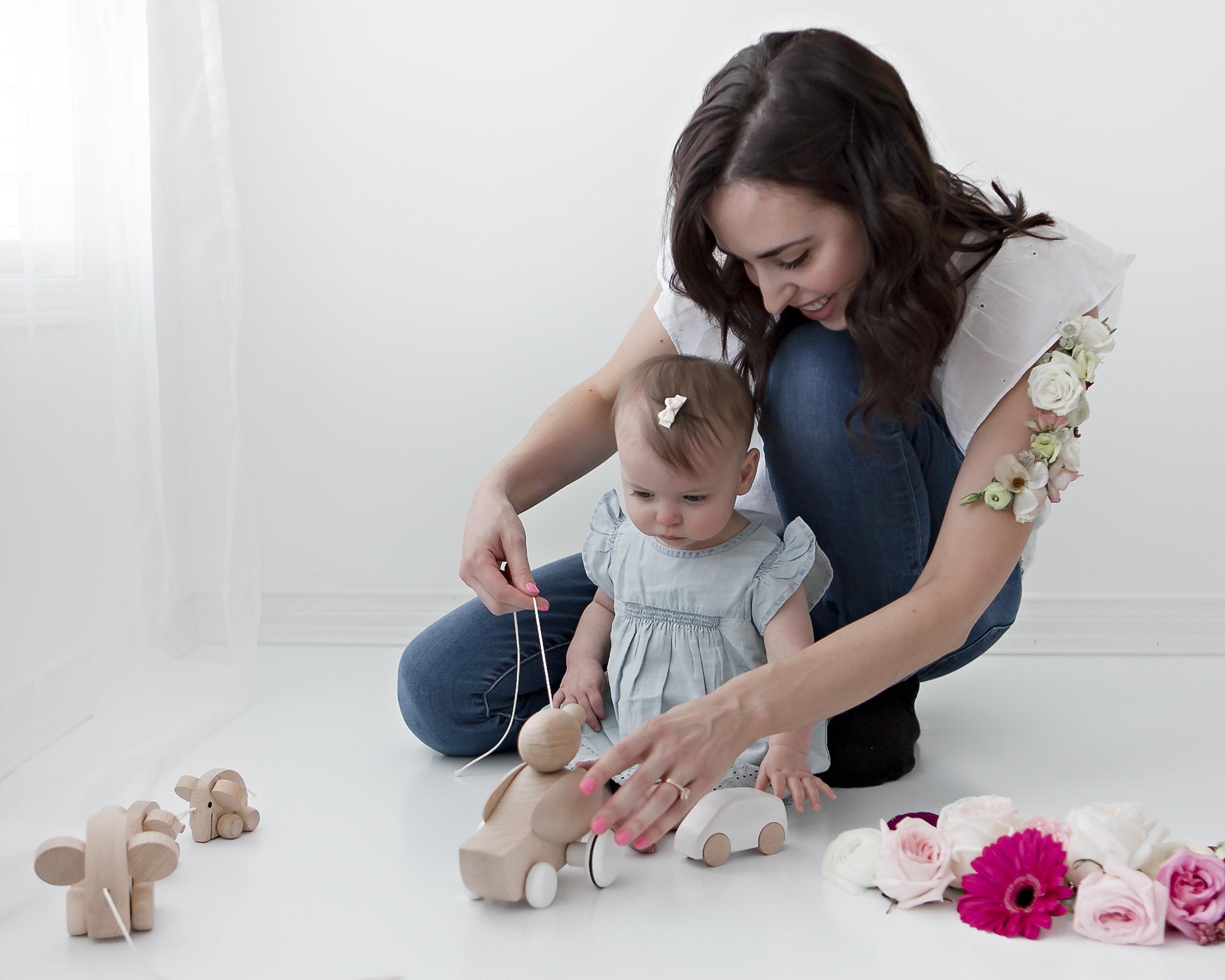 Petra_King_Photography_FloralStudio_MotherhoodPortrait.jpg