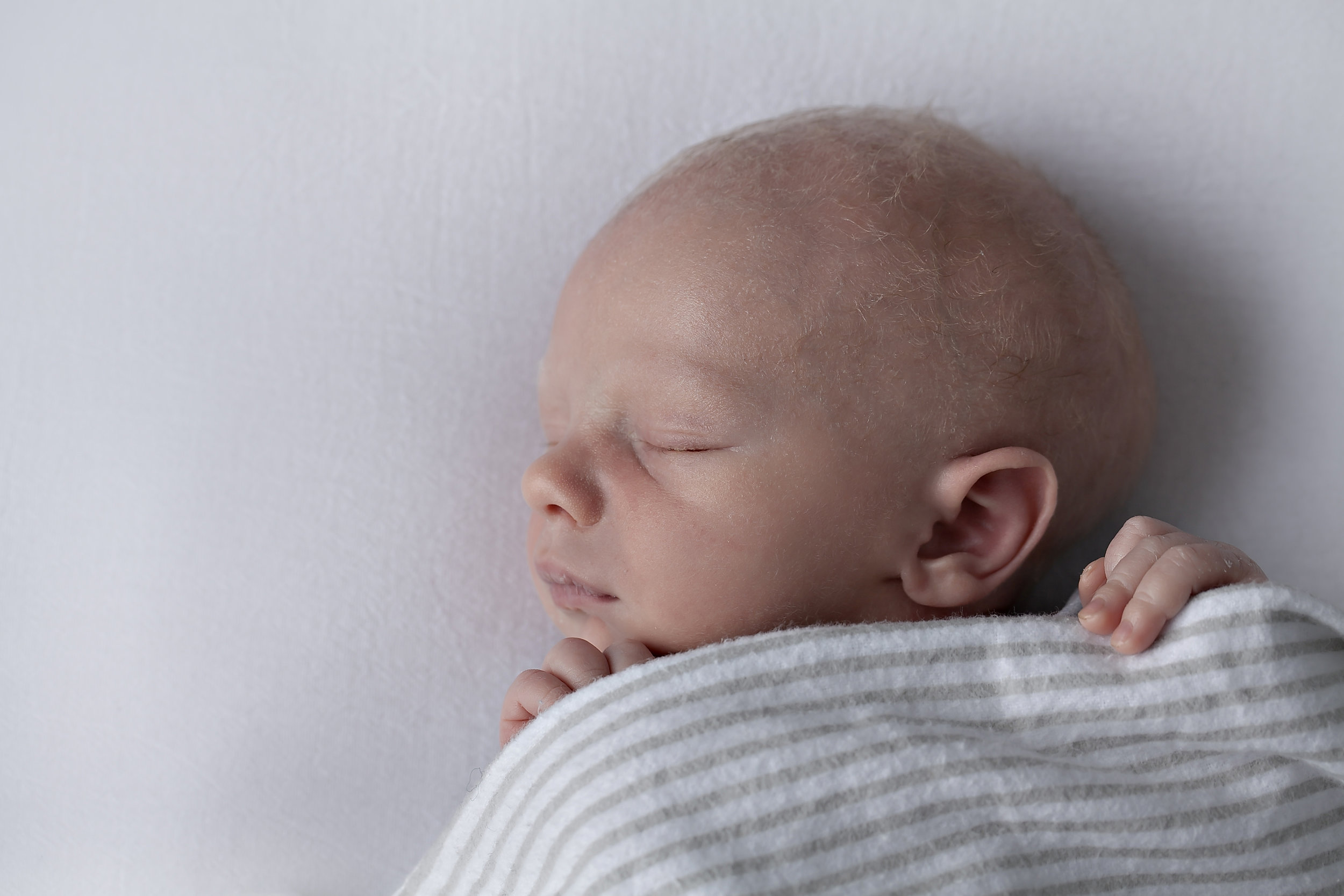 Oshawa_Newborn_Baby_Boy_Aidebodycare