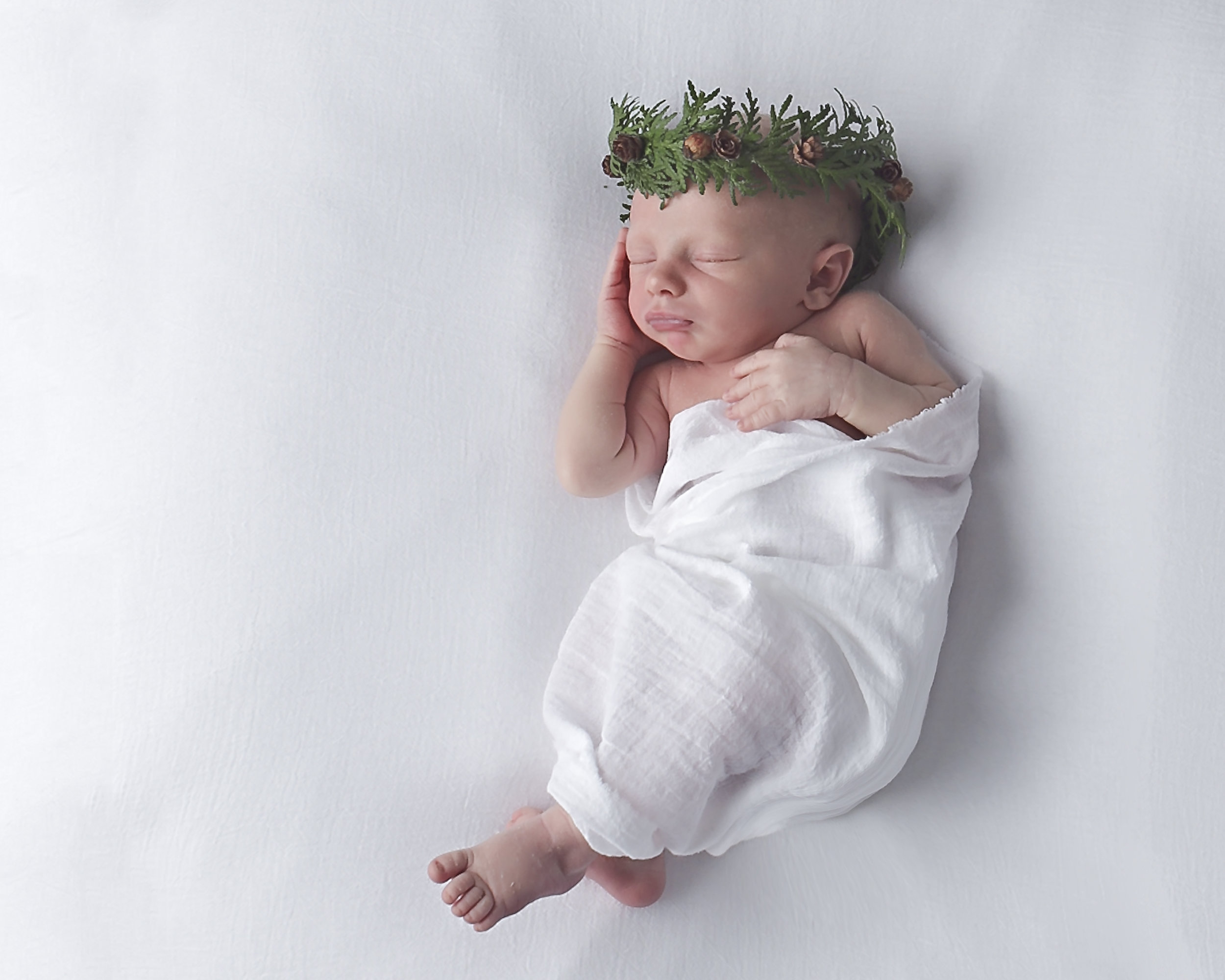 Oshawa_Aidebodycare_Newborn_Babyboy_Portrait