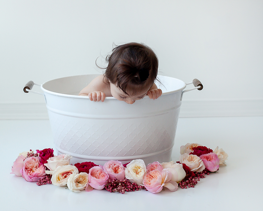 Baby_Milestone_Photography_Milk_Bath_Bowmanville_Petra_King_Photography