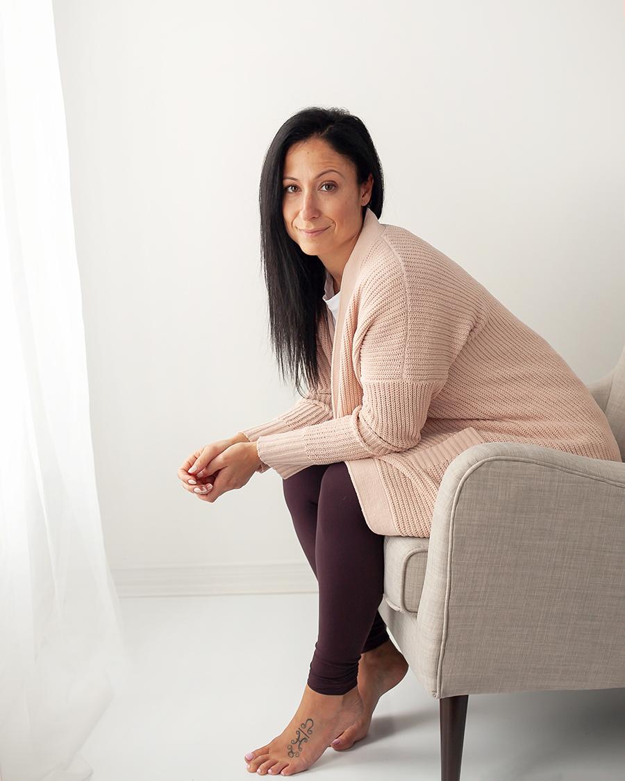 DeniseFereirraFit_Branding_Headshots_Toronto_Brandford_Oshawa_Petra_King_Photography.jpg