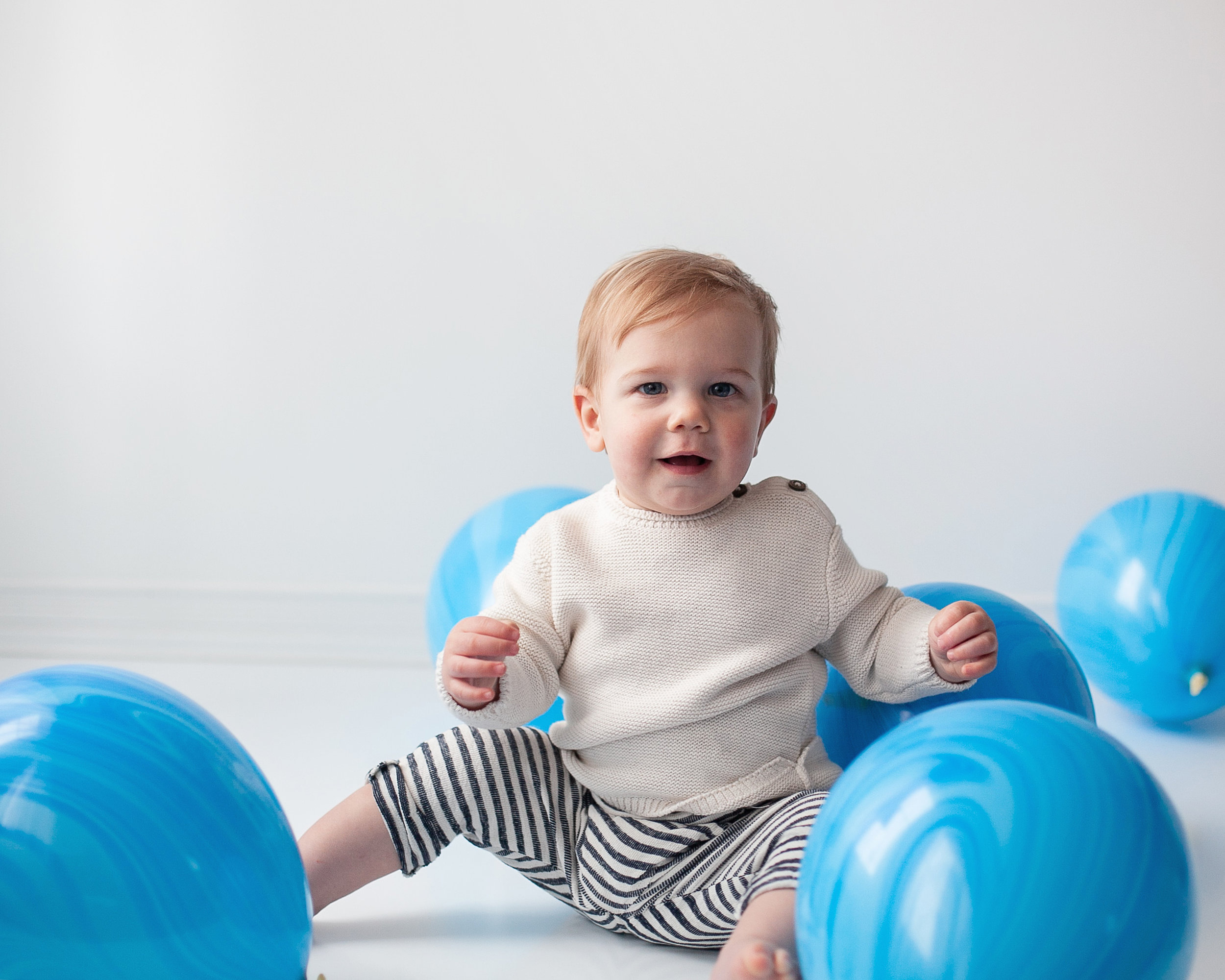 Baby_Boy_First_Birthday_Portrait_Photography_Petra_King_Photography