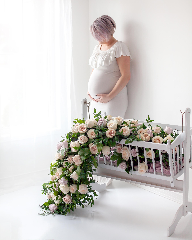Floral_Maternity_Studio_Oshawa_Durham Region_Toronto_Petra_King_Photography