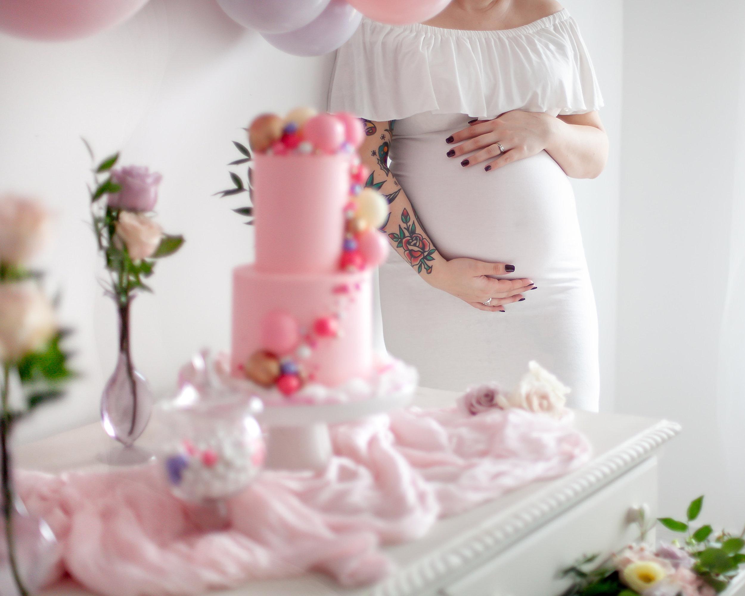Toronto_Oshawa_GTA_Port Perry_Styled_Maternity_Shoot_Petra_King_Photography