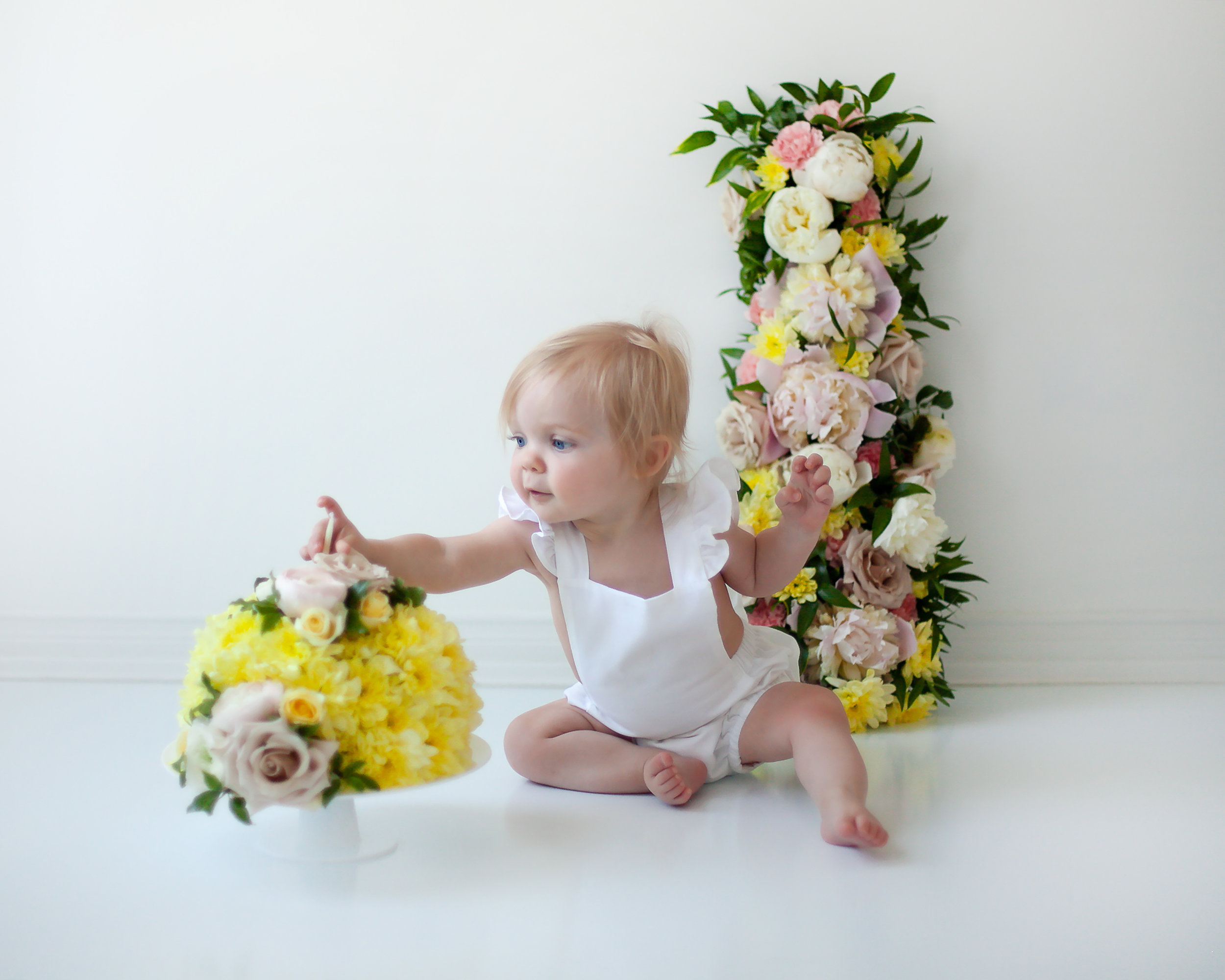 Toronto_Whitby_Bowmanville_Oshawa_First_Birthday_Flowers_Petra_King_Photography