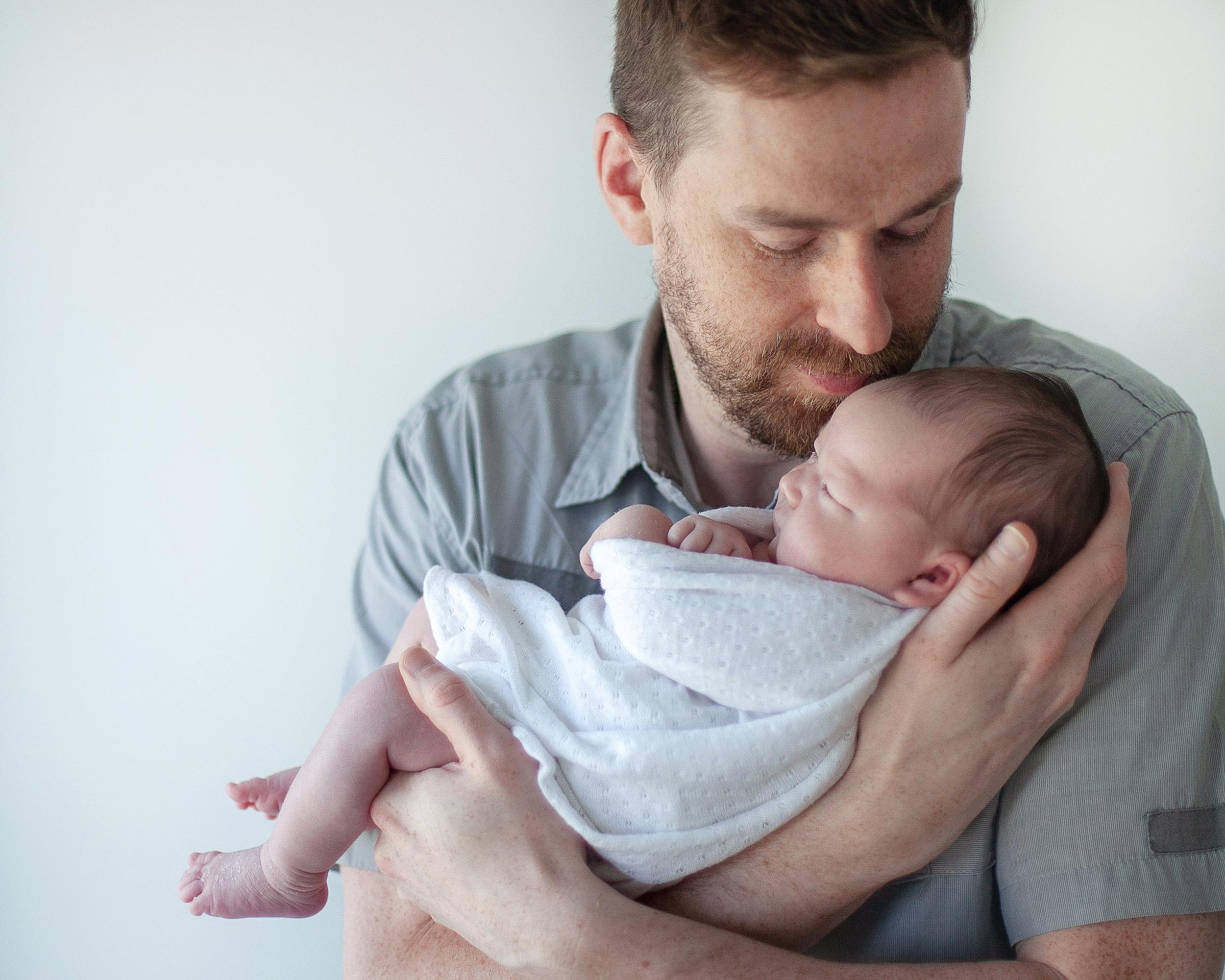 Oshawa_Toronto_Ajax_Dad_Baby_Photography_Studio_Petra_King_Photorgaphy