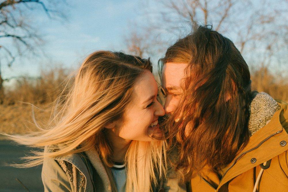 Eskimo kissing couple
