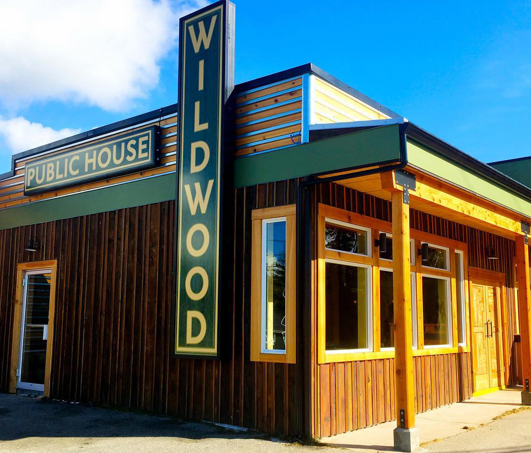 Signage Design: Wildwood Pub, Powell River