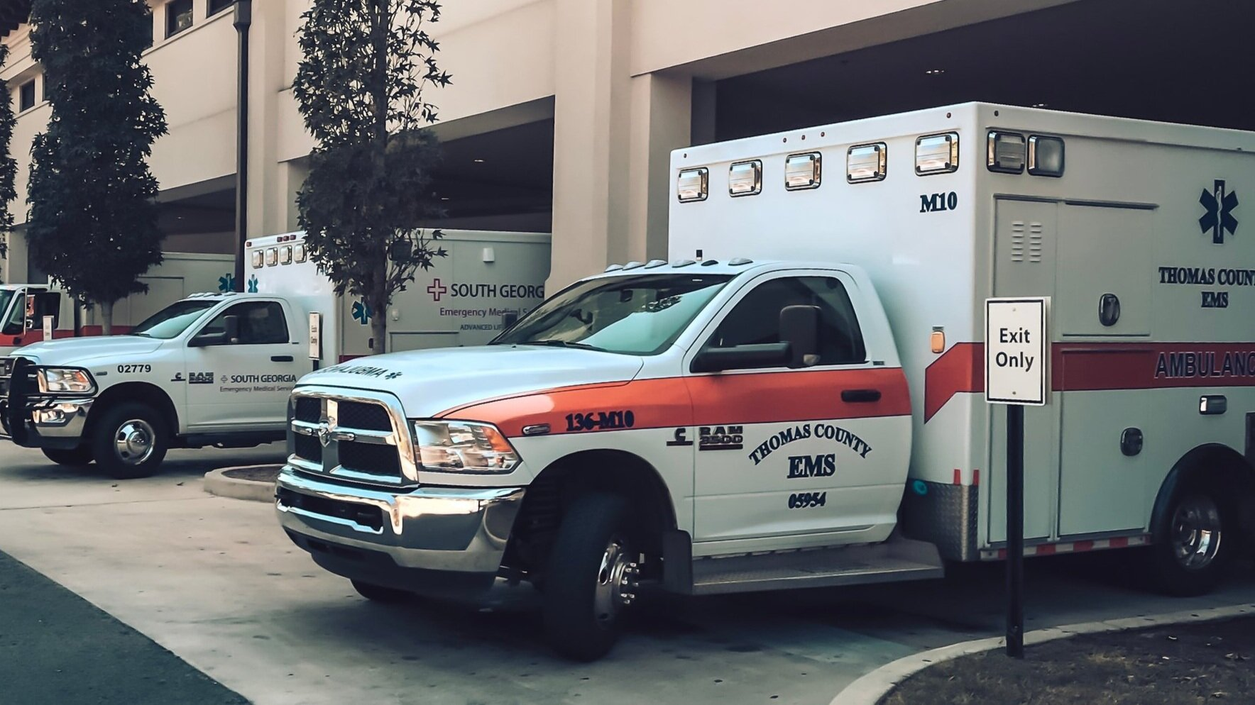 ambulances-unsplash.jpg
