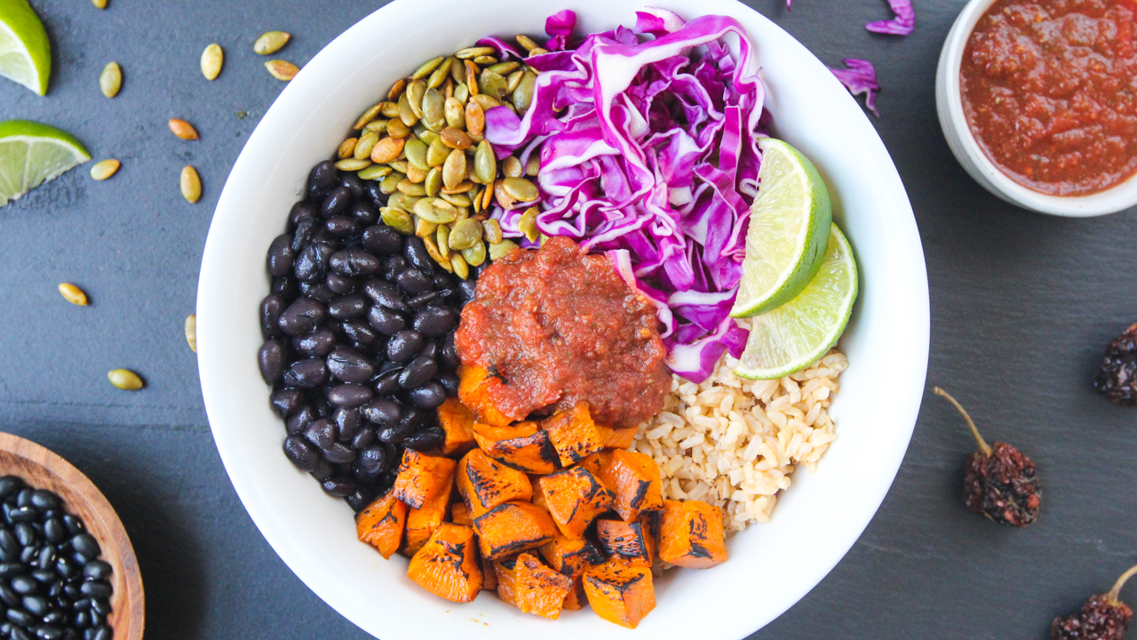 Overwhelmed by weeknight meals? - Learn how to save time, energy, and money in the kitchen with my FREE Buddha Bowl ebook. Subscribe below!