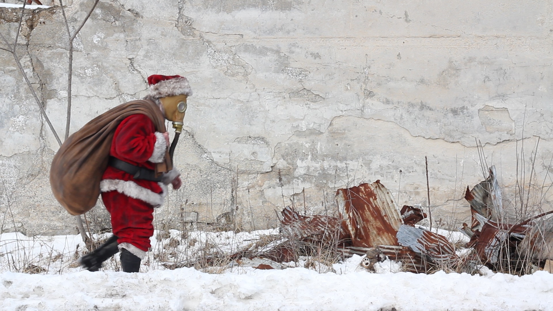 """Shannon Moyer as """"Santa Claus"""" in  I'm Dreaming of a White Doomsday"""