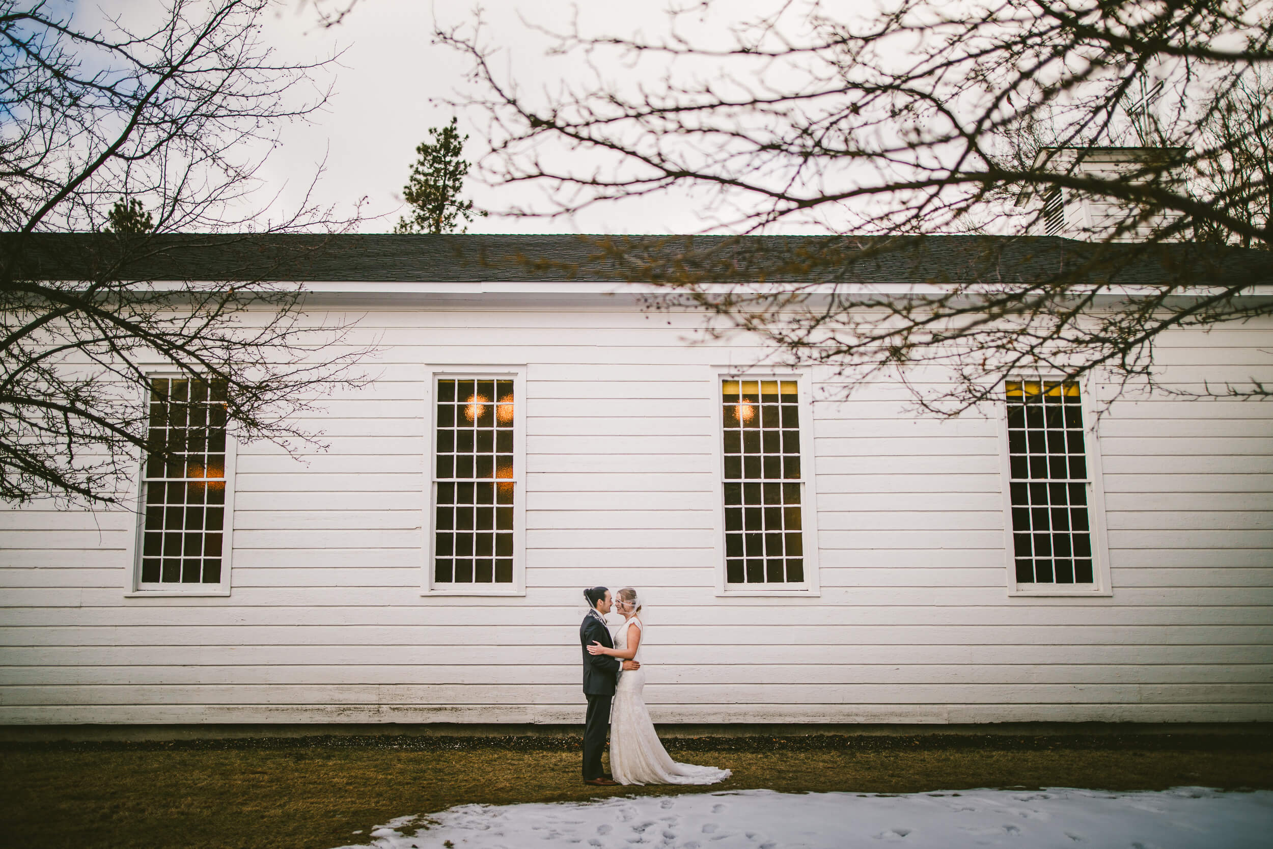 mukogawa winter wedding in spokane (94).jpg