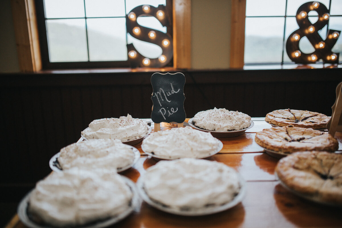 Schweitzer Mountain Lodge Wedding by Bill Weisgerber Photography (101).JPG