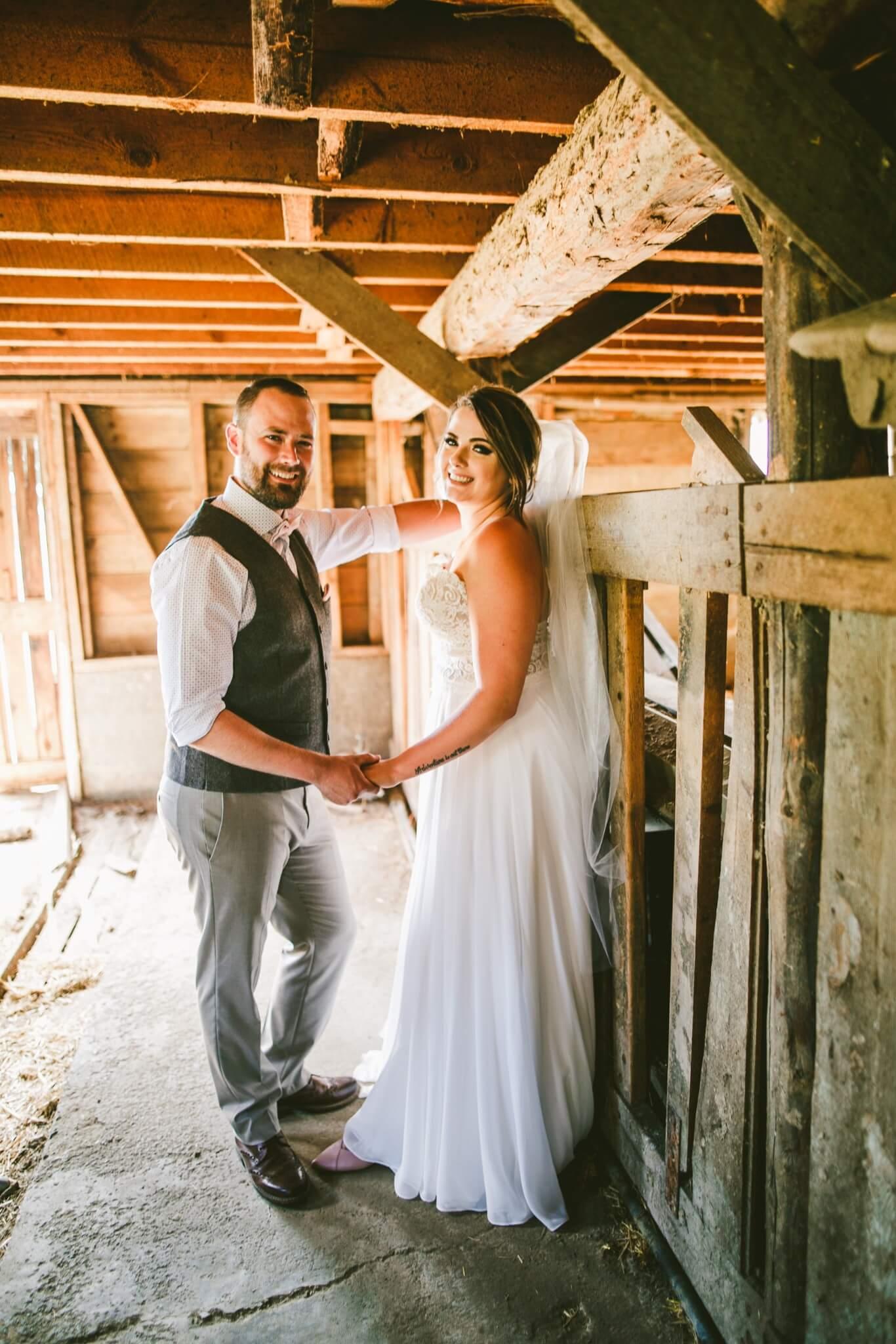 Spokane Barn Wedding (58).jpg