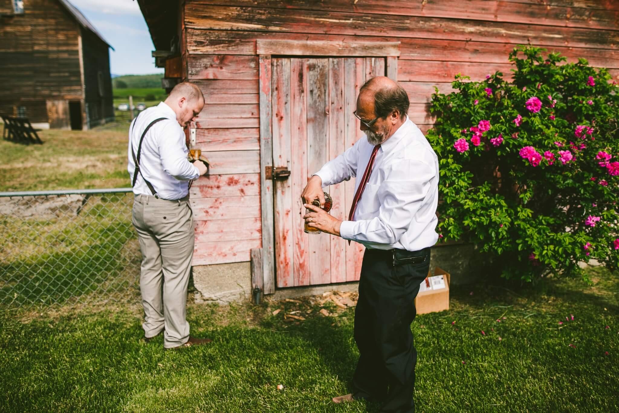 Spokane Barn Wedding (85).jpg