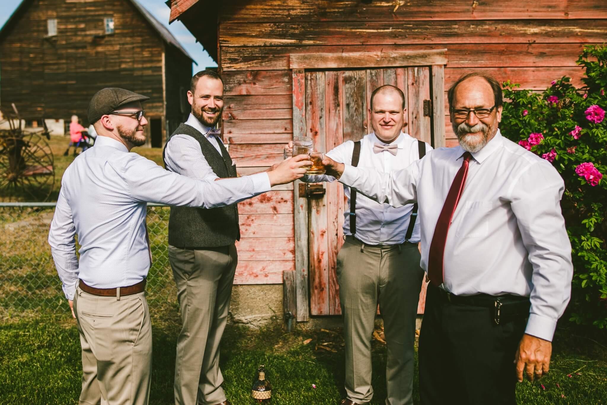 Spokane Barn Wedding (86).jpg