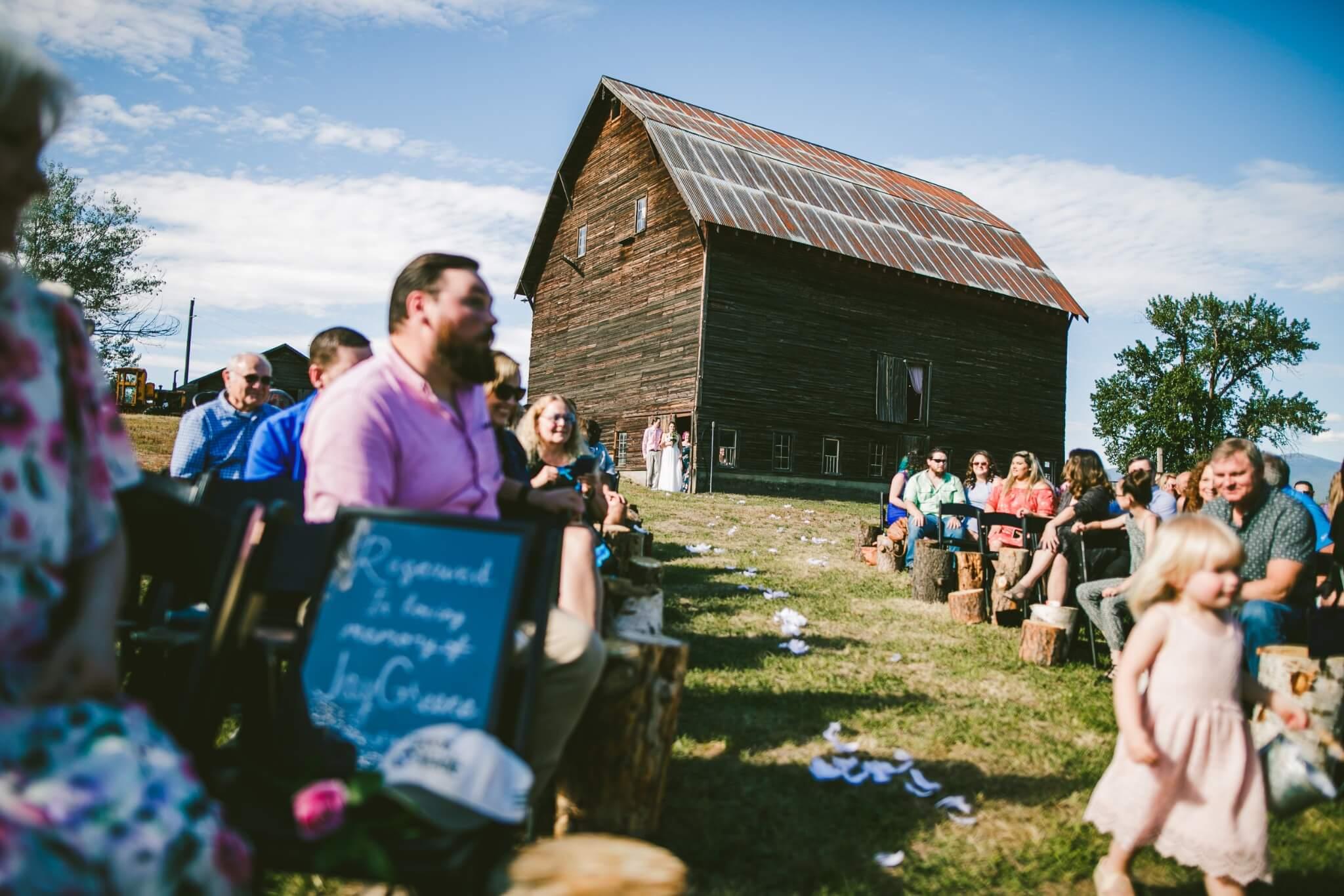 Spokane Barn Wedding (97).jpg