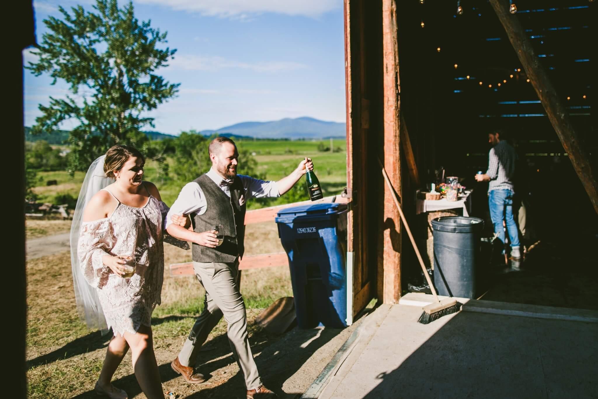 Spokane Barn Wedding (151).jpg