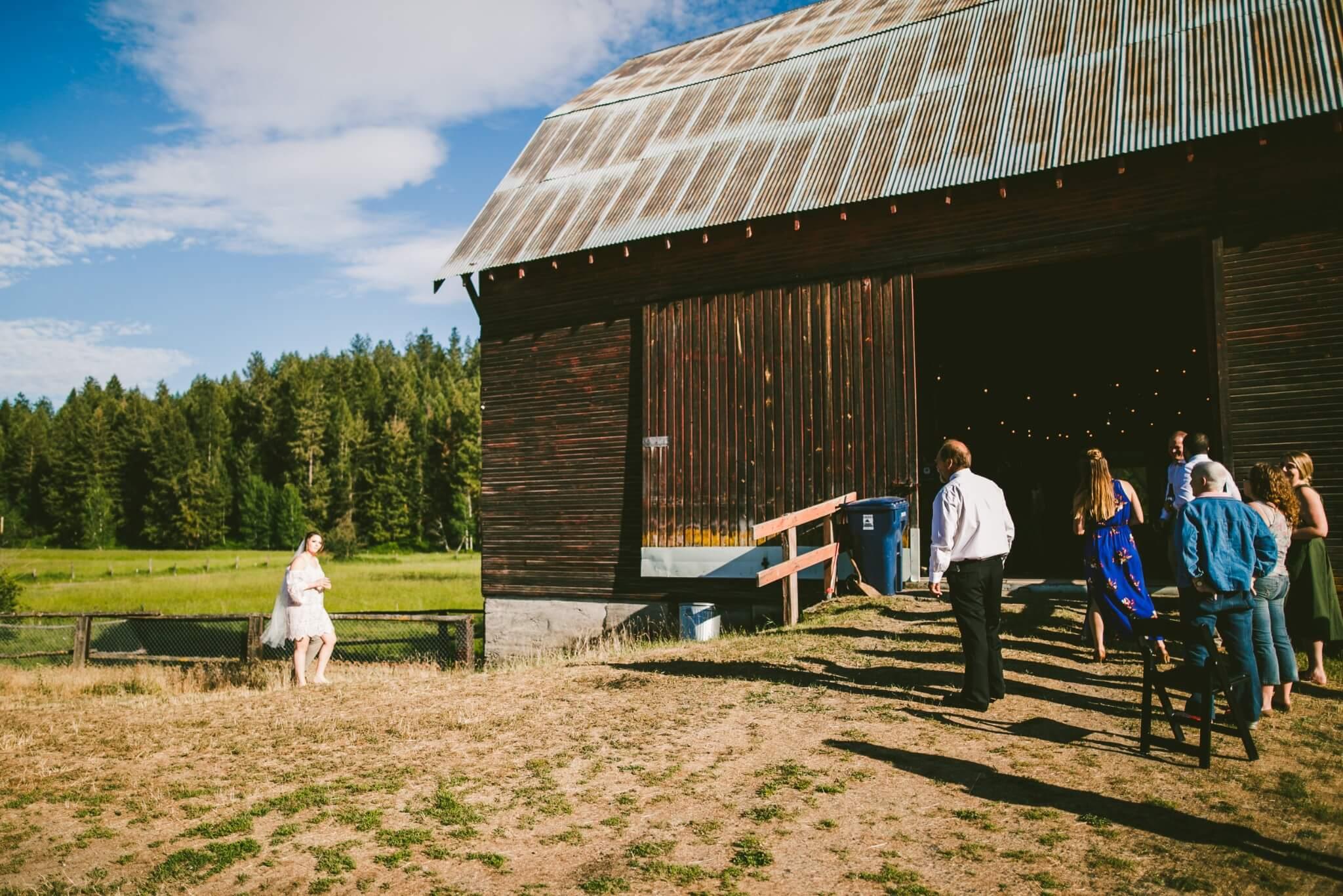 Spokane Barn Wedding (150).jpg