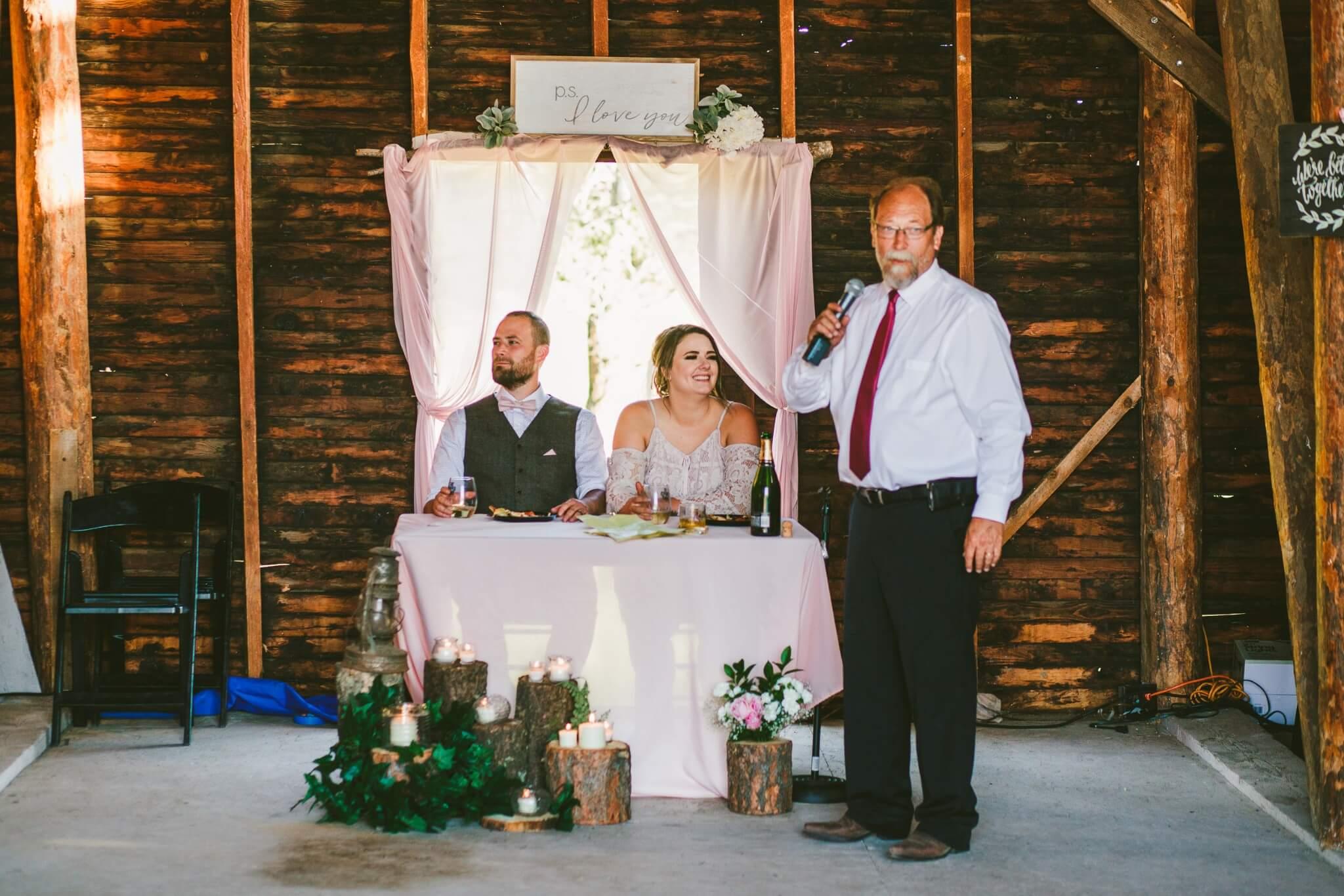 Spokane Barn Wedding (163).jpg