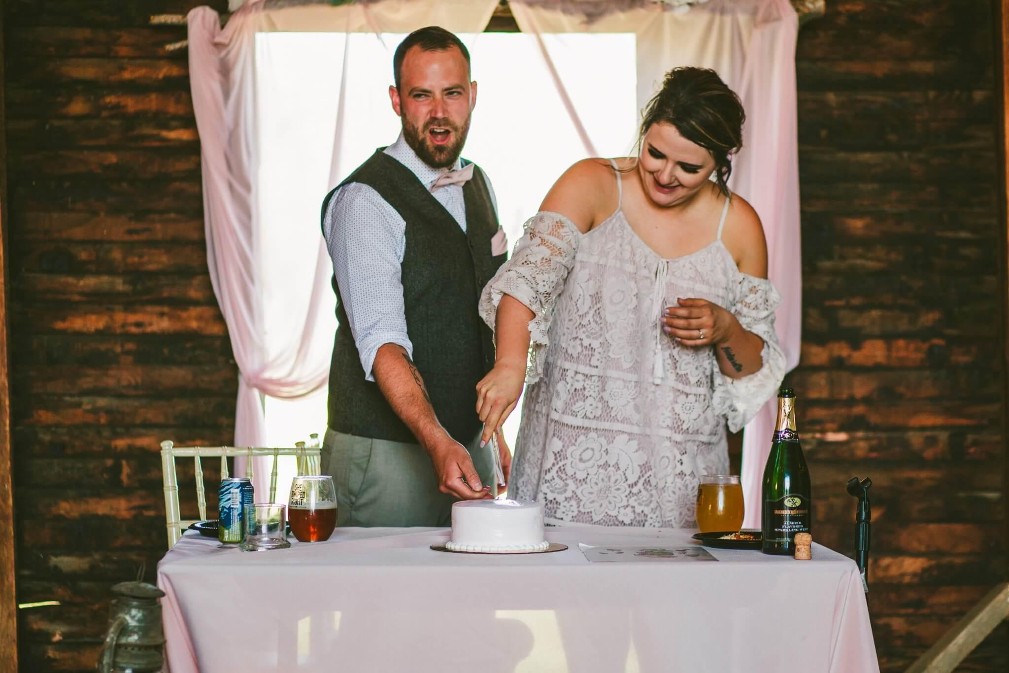Spokane Barn Wedding (175).jpg