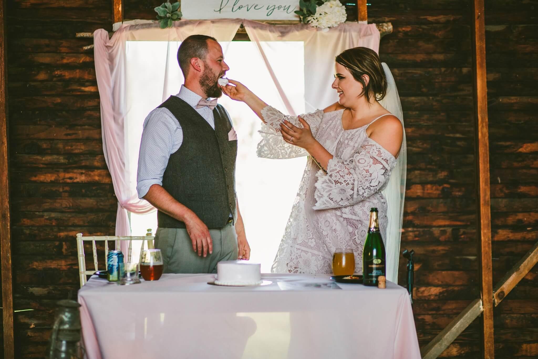 Spokane Barn Wedding (177).jpg