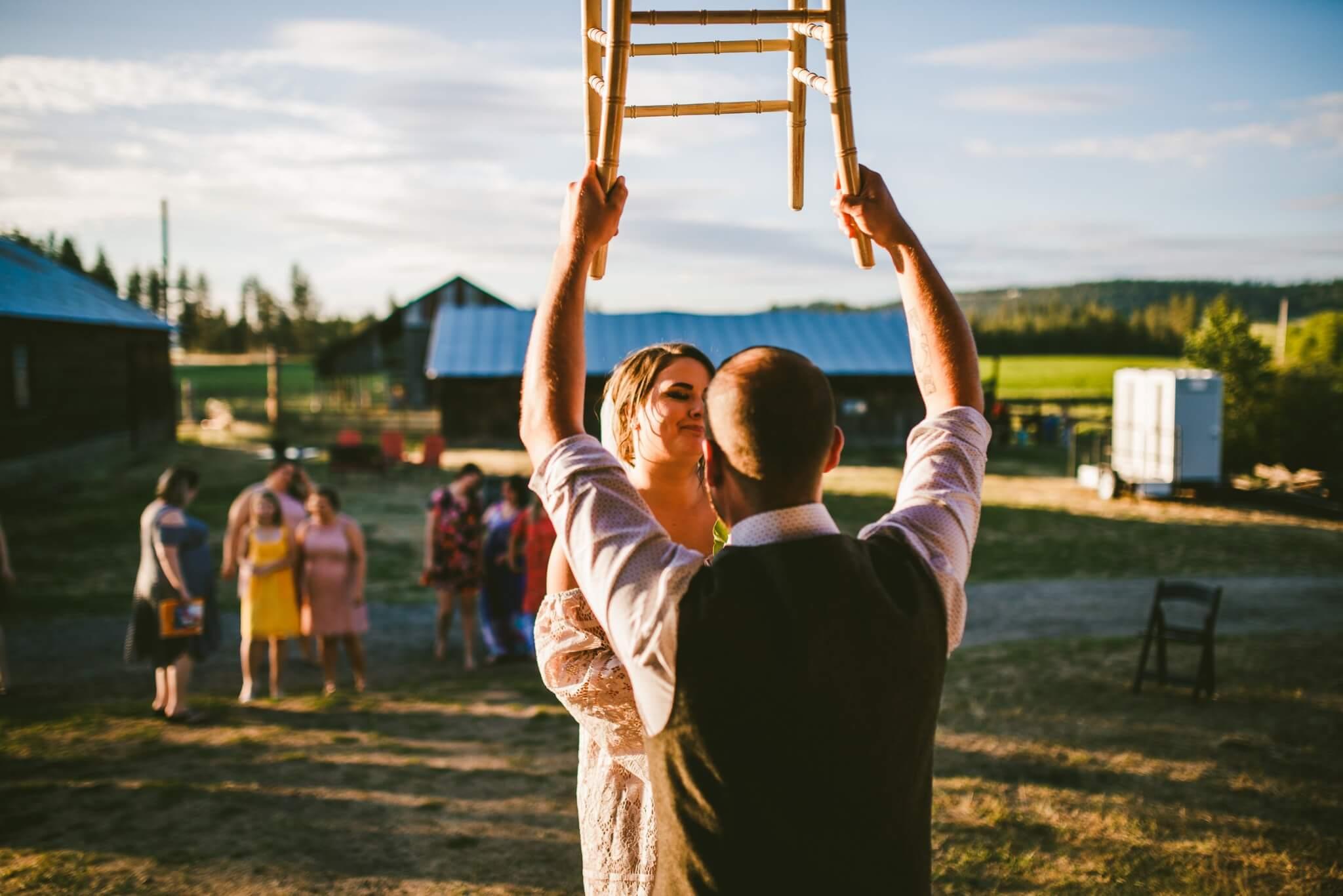 Spokane Barn Wedding (194).jpg