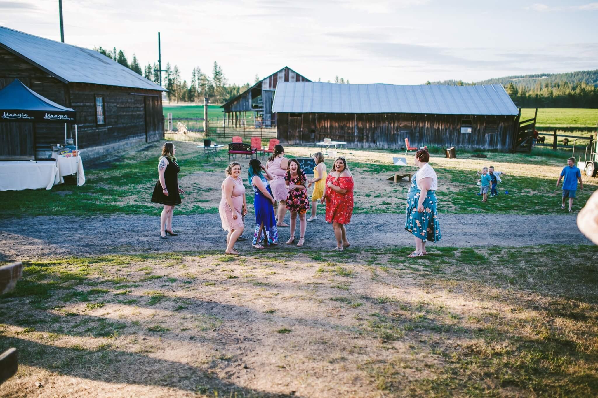 Spokane Barn Wedding (199).jpg