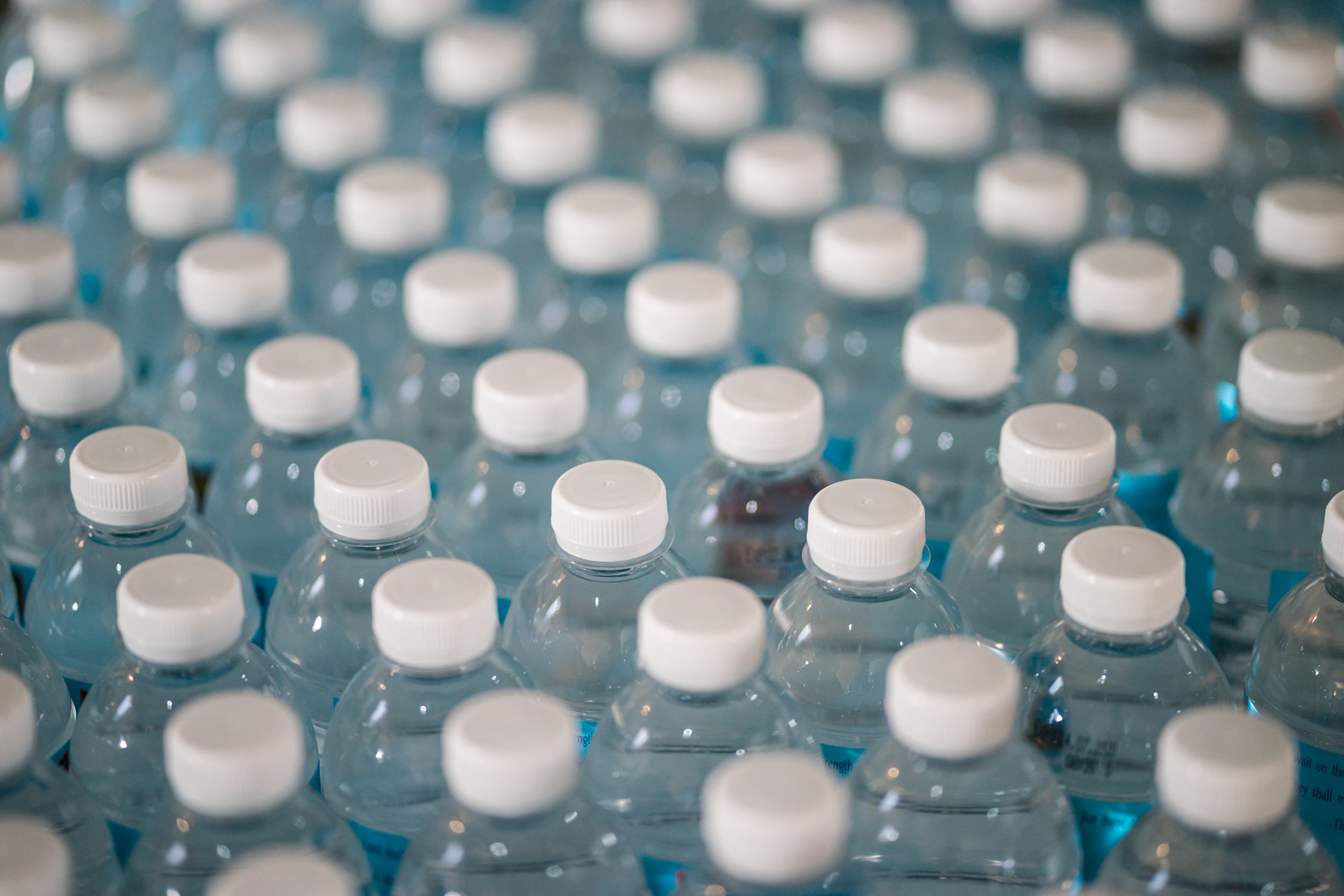 1,000,000 Per minute - The Guardian reports that worldwide, we purchase one million single-use plastic water bottles every single minute. Approximately 7% are recycled. The rest wind up in our landfills and oceans.